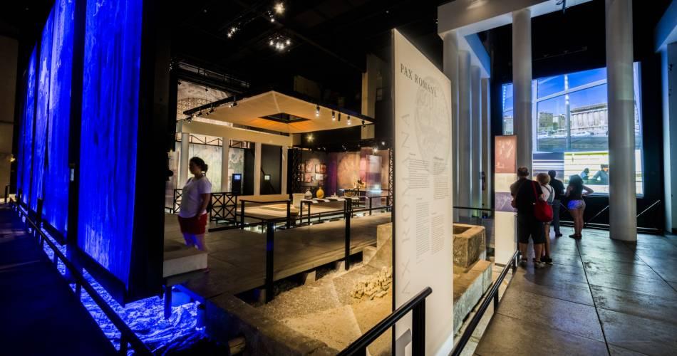 The Pont du Gard@©arodriguez