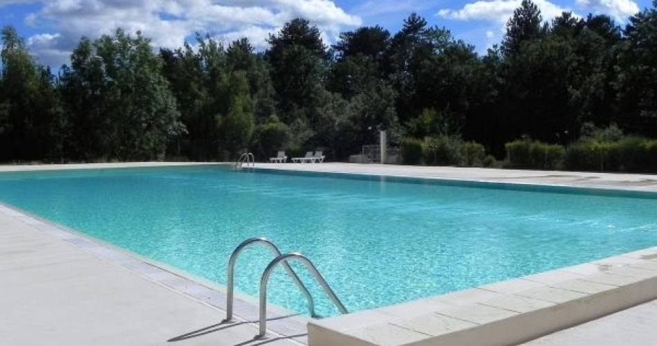 Open air swimming pool@Campind du Defends