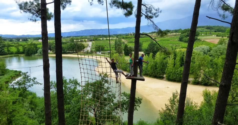 Les Salettes Lake@Ventoux Aventure / Hugo Fonquernie