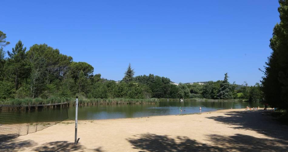 Plan d'eau des Salettes@Droits gérés V. Delort / Coll. ADT