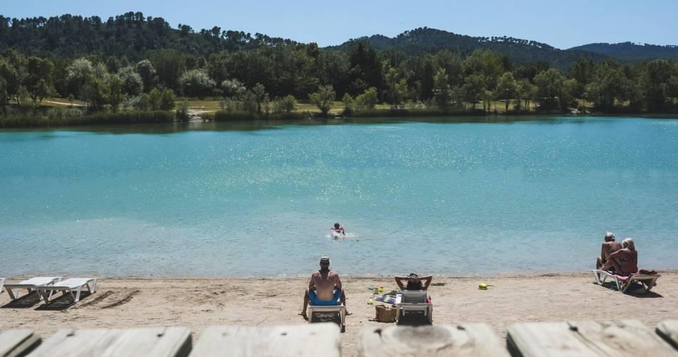 Lake at Val de Durance Campsite@Office de Tourisme - Luberon Sud Tourisme