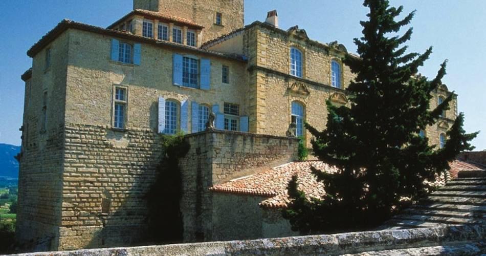 Château d'Ansouis@Droits Gérés Rousset Rouvière