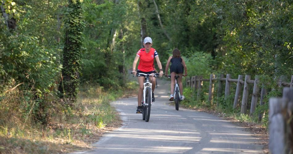 Circuit Vélo - La Voie Verte de Caderousse@HOCQUEL A VPA