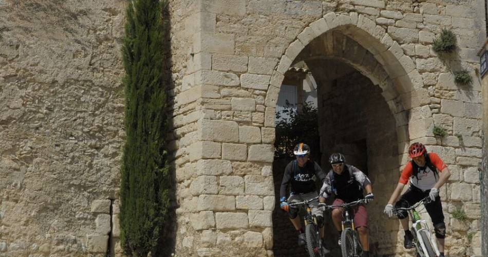 GTV per mountainbike Etappe 5 – Van Saint-Saturnin-les-Apt naar Fontaine-de-Vaucluse@William Fautre