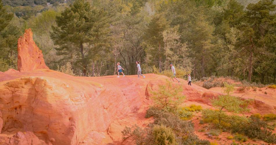 Tour du Colorado provençal@Coll. VPA / Planque