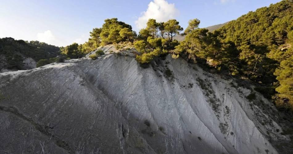 Sentier géologique@Vincent Damourette - Coeurs de nature-Sipa