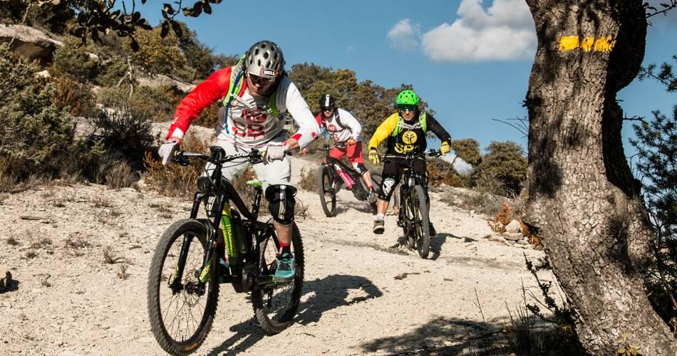 Etappe2: Malaucène/Bédoin - Überquerung des Vaucluse mit dem e-bike@VTTMag
