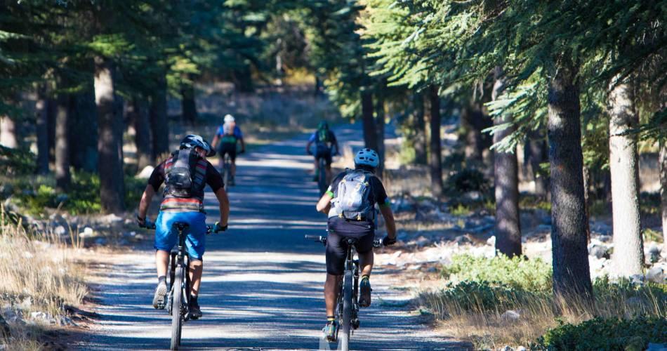 Etape 7 : Bonnieux/Mérindol Traversée de Vaucluse VTT e-bike@Mathieu Vitre