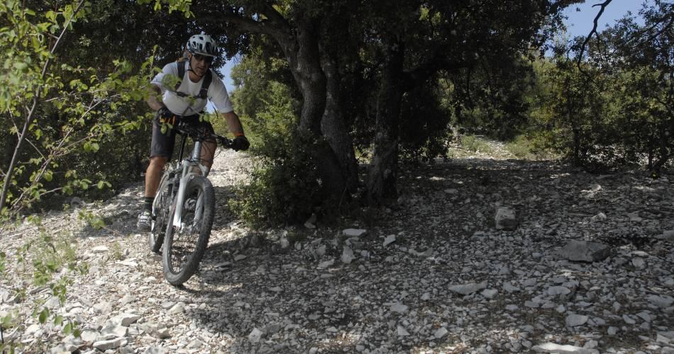VTT n°7 - Tour du Pays d'Uchaux GPS@William Fautré - VTTMag