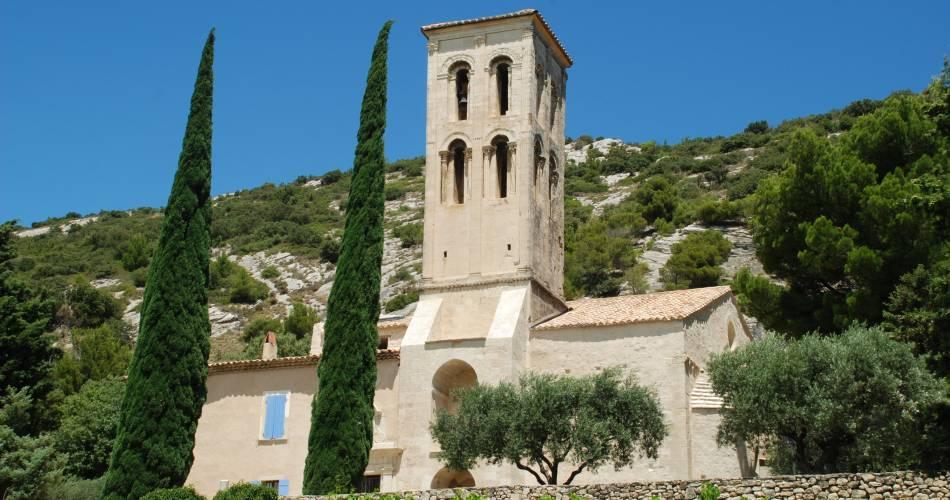 Visite à la Chapelle Notre Dame d'Aubune@Académie de Beaumes