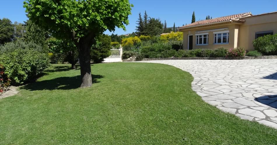 Les Cyprès du Ventoux@Tuula BLANCHER