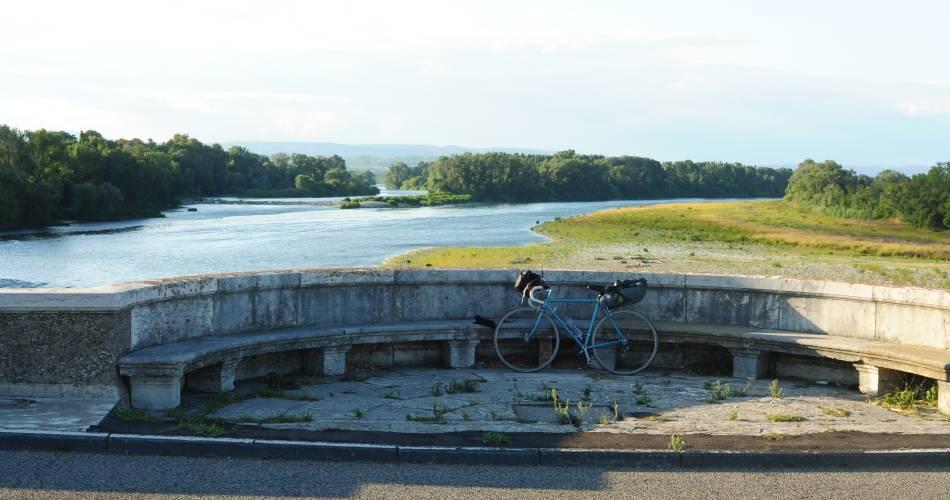 EV17 - ViaRhôna  étape 17 - Lapalud > Caderousse@France Vélo Tourisme