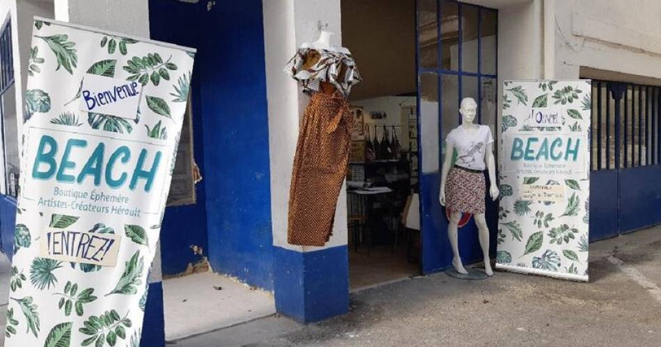 Beach  Boutique Ephémère - Designer Artists@©aichazibouche