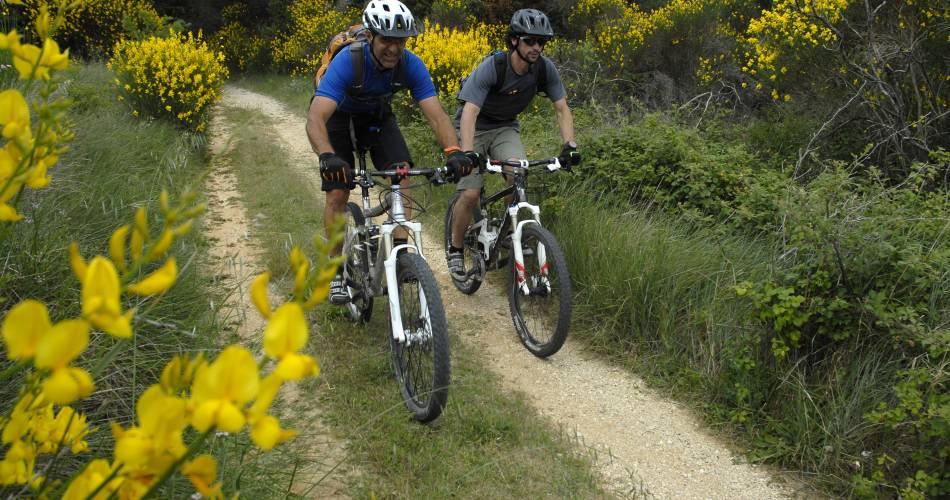 VTT n°2 - Grand Tour du Pays d'Apt -GPS@W. Fautre - Vaucluse Provence attractivité