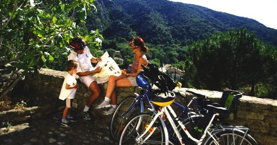 Tour du Luberon à vélo en liberté@Chemins du sud