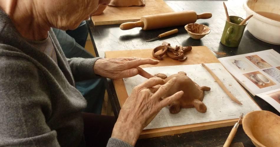Atelier poterie modelage@Noémi Berliner