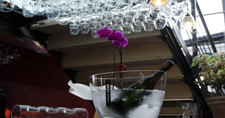 Vinotage - Péniche à vins@©bardbenjaminbpixphotographie