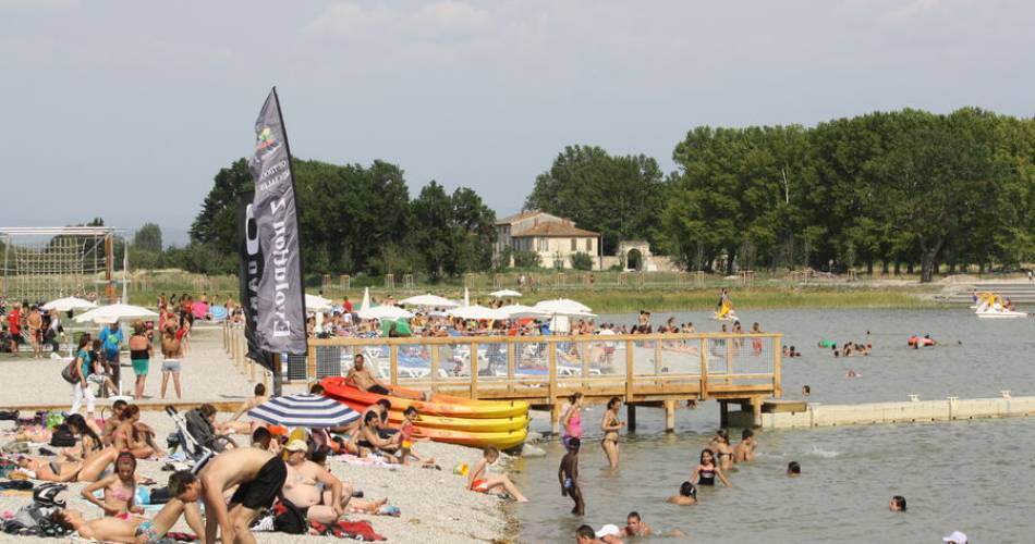 Le Lac de Monteux - Eco-Quartier de Beaulieu@Droits gérés ccsc