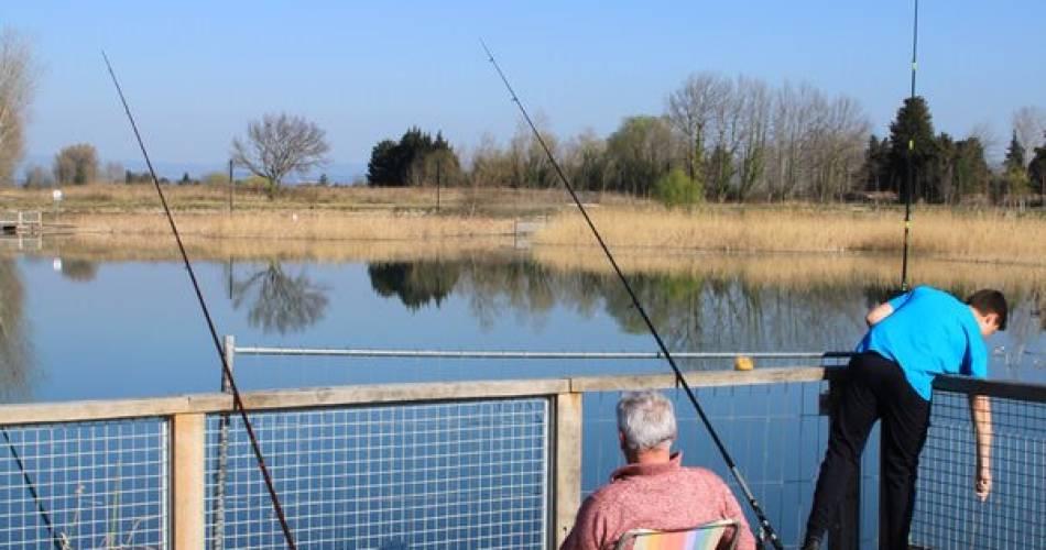 Le Lac de Monteux - Eco-Quartier de Beaulieu@Droits gérés CCSC - Lac; pêche; Monteux;