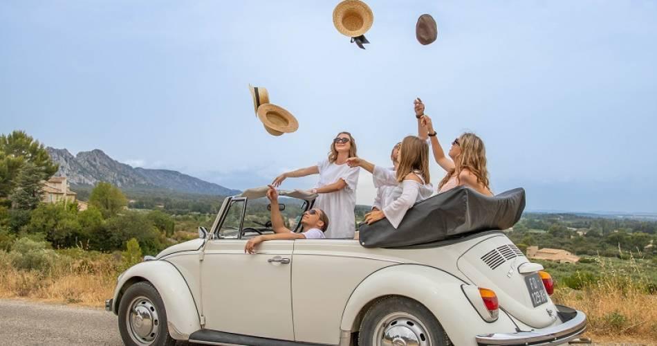 Balades en voitures anciennes en Ventoux-Provence@LEZBROZ
