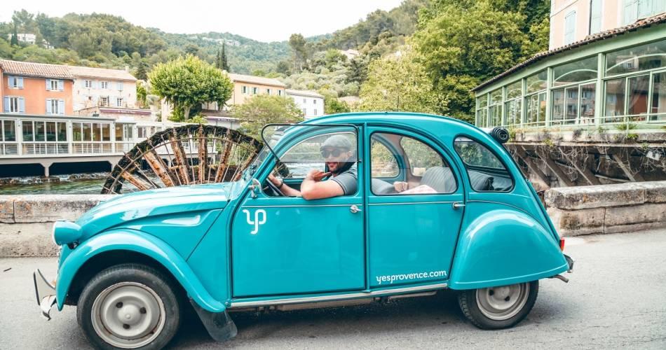 Balades en voitures anciennes en Ventoux-Provence@Agence La belle vie