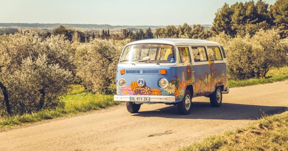 Balades en voitures anciennes en Ventoux-Provence@Yes Provence