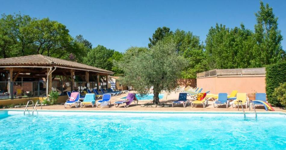 Camping Le Luberon@Thierry et Laurence Delfosse