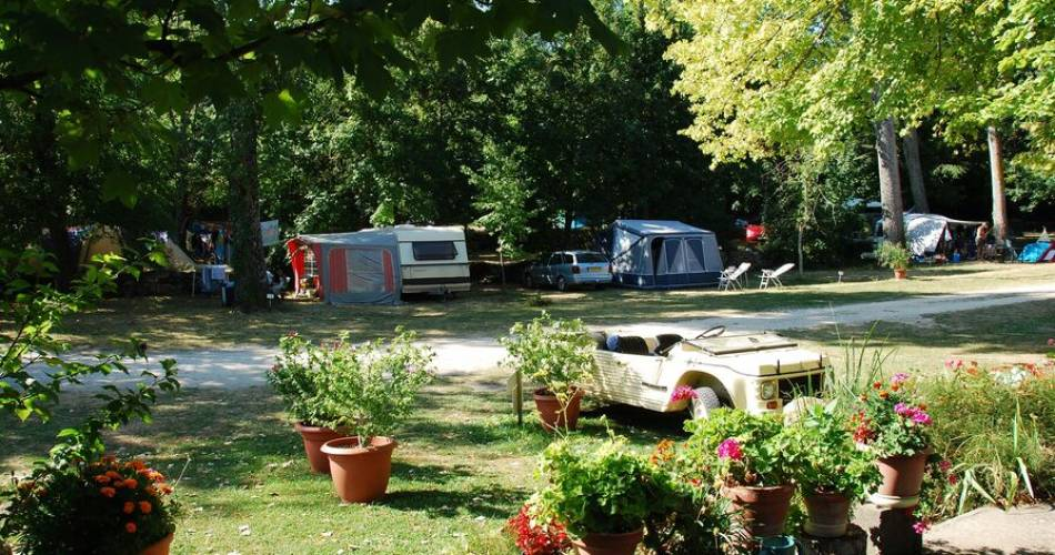 Camping Les Bardons@Paul et Michel Mangeot