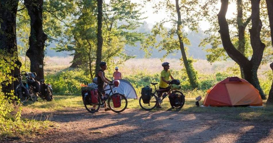 Camping Le Bois de Sibourg@camping sibourg