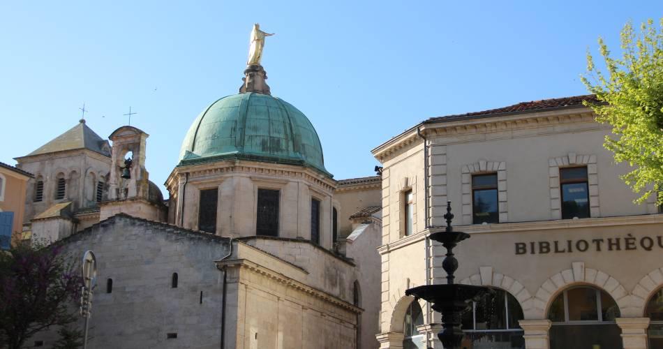Cathédrale Sainte Anne@Office de tourisme Pays d'Apt Luberon